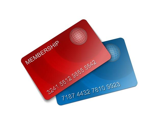 dvě platební karty